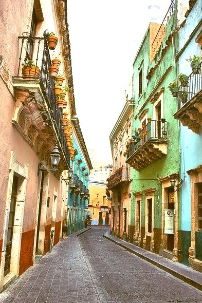 Typical colonial street in Guanajuato, Mexico